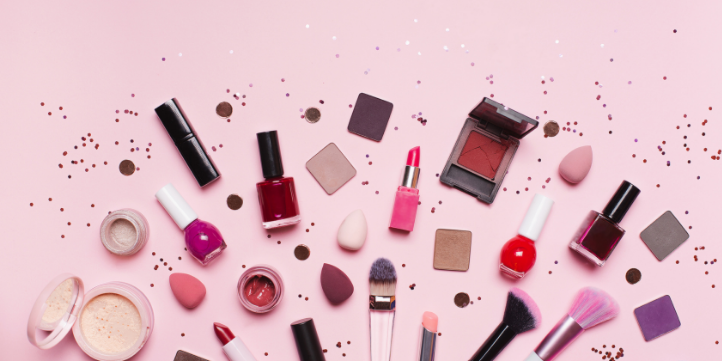 Makeup  – Live More Zone