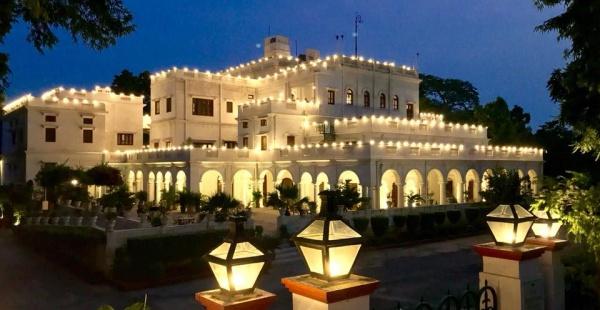 Live The Royal Life At The Baradari Palace Near Delhi