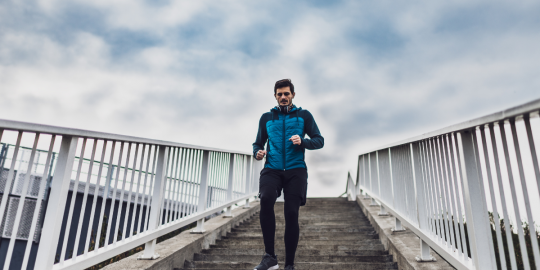 9 Tips For Buying Men's Activewear