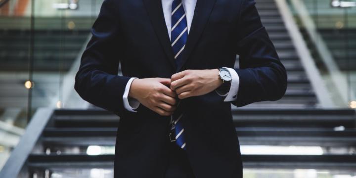 4 Best Summer Suits For Men