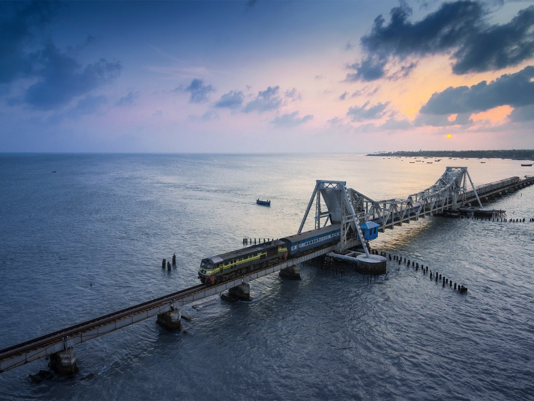 Travel Around India With These 10 Unmissable Train Journeys