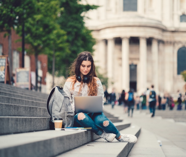 Going Abroad To Study? Here Are 6 Things You Should Keep In Mind