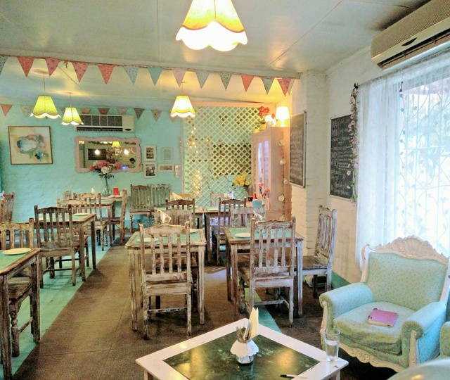 No Plans For a Date? Head To Rose Cafe In Saket