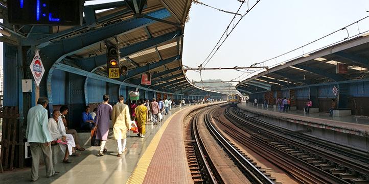 Mumbai Local Trains- Live More Zone
