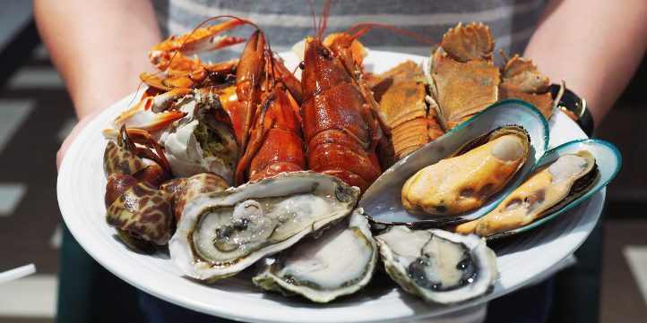Seafood – Live More Zone