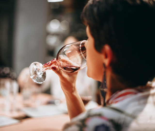 Sniff & Sip: A Guide To Drinking Your Wine Right