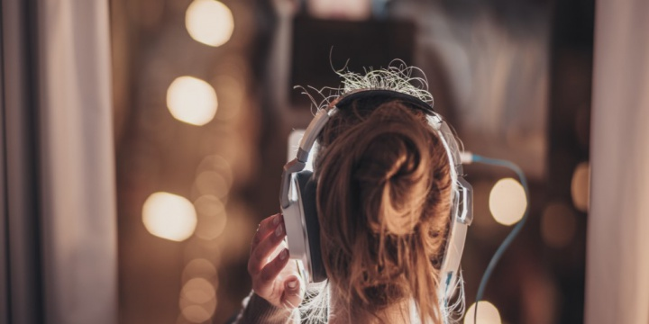 10 Audiobooks To Listen To In The Comfort Of Your Homes