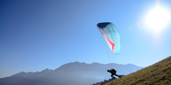 Paragliding in Bangalore – Live More Zone