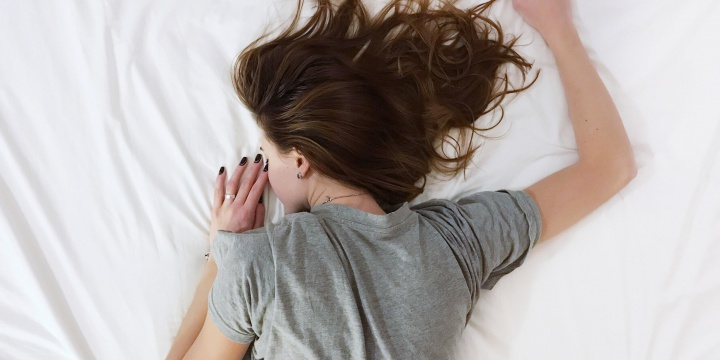 Don't Sleep On It: Here's How To Detox Your Sleep Routine Starting Today!