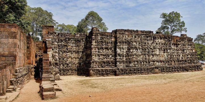 Cambodia - Live More Zone