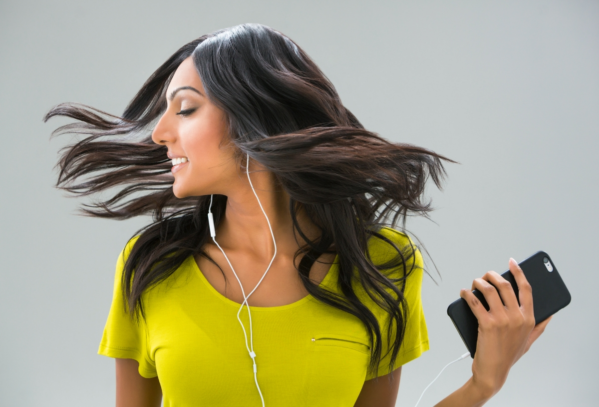 6 Best Feel Good Songs To Lift Up Your Mood
