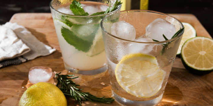 Lemon Gin Sparkler – Live More Zone
