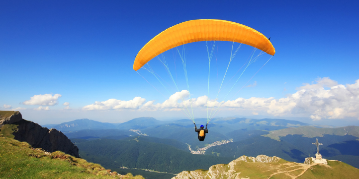 Paragliding in Chennai – Live More Zone