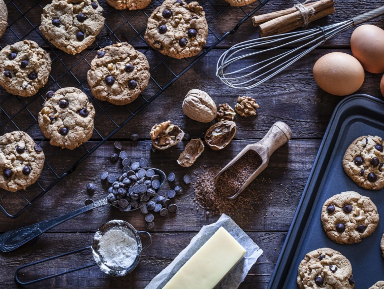 10 Non-Boring Recipes To Make With Chocolate