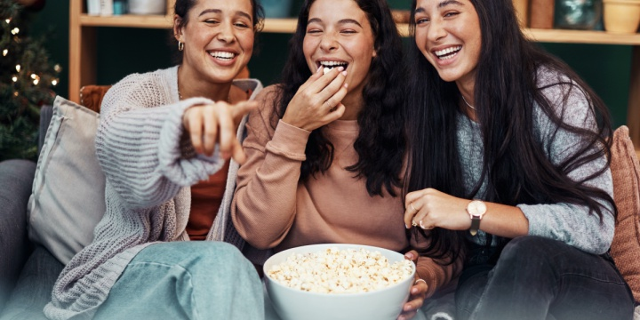 Tips For Hosting A Watch Party With Friends