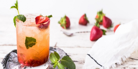 Happy Hour At Home? Master These 5 Simple Cocktail Recipes
