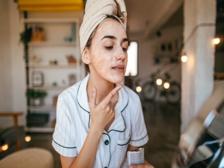 Glow Up: 6 Homemade Face Masks for Healthy, Glowing Skin – Live More Zone