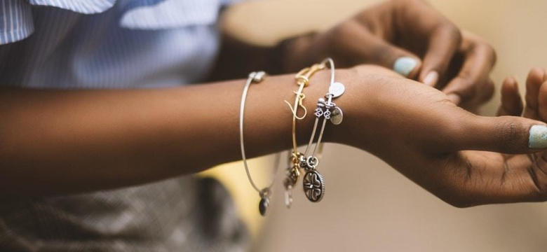 #BlingOn – Upgrade Your Style Game With These Pieces Of Jewellery