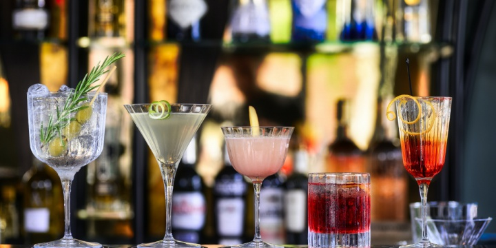 How To Set Up An Amazing Home Bar