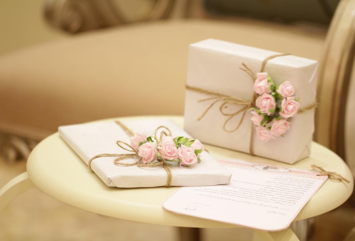 10 Unique Indian Wedding Gift Ideas