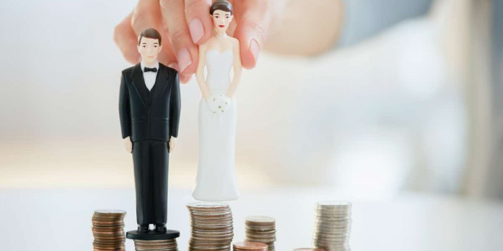 Manage Your Expenses: Money Management Tips for Couples