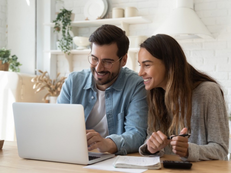 5 Money Managing Tips Every Couple Should Follow
