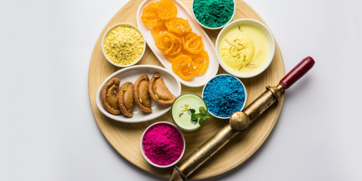 Popular Holi Recipes to Celebrate 'Festival of Colours'
