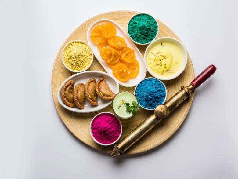 Popular Holi Recipes to Celebrate 'Festival of Colours'