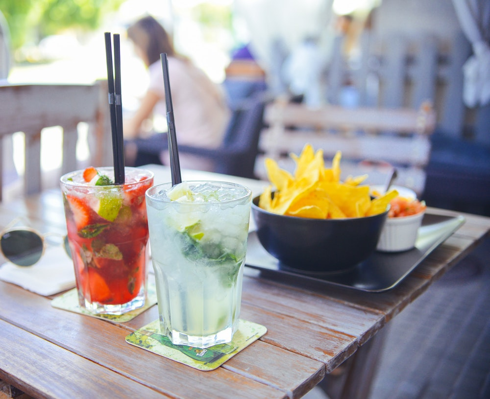 Long Day At Work? These Happy Hour Deals Are Just For You