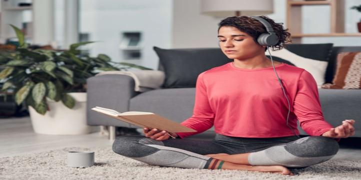 Meditate-How-to-do-a-digital-detox-live-more-zone-DBS