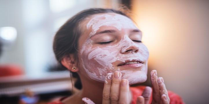 Moisturizing face smoothie