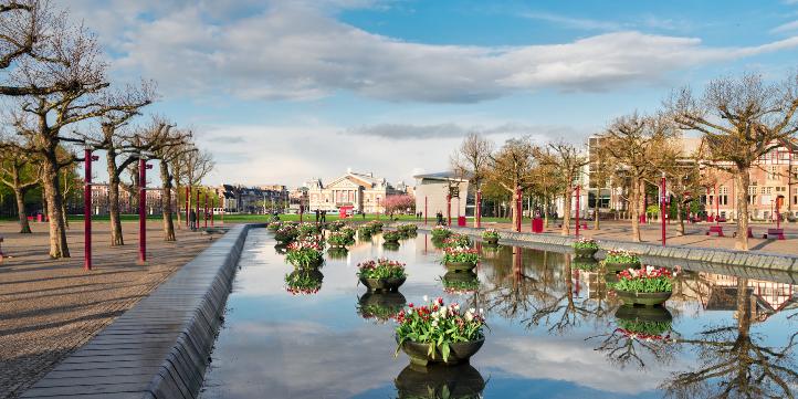 Museumplein  – Live More Zone