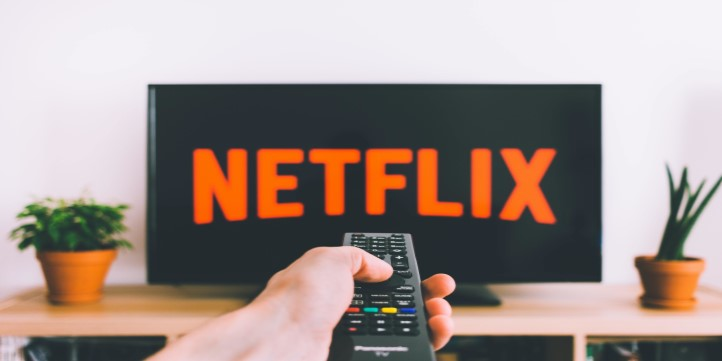 Netflix And Party  - Live More Zone