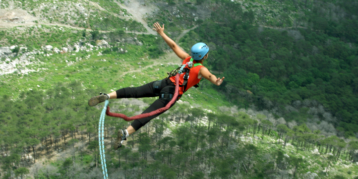 New Zealand Bungee Jump  – Live More Zone