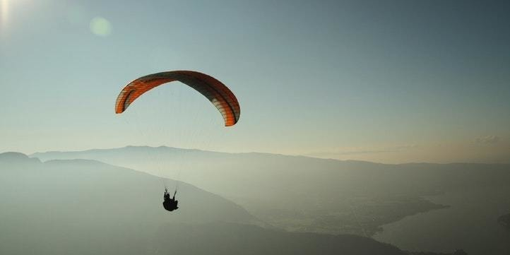 Paragliding - Live More Zone
