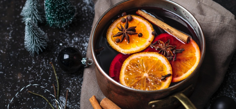 Best Holiday Cocktails Recipes To Get You In The Holiday Spirit