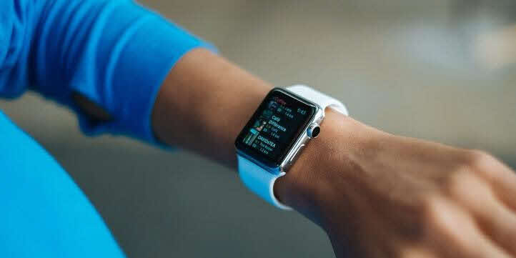 Smart Watches - Live More Zone