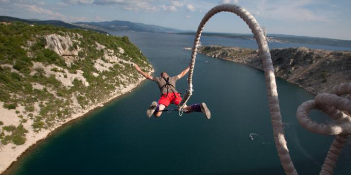 Switzerland Bungee Jump  – Live More Zone
