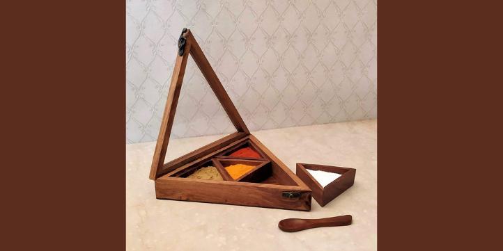 Triangular Spice Rack  – Live More Zone