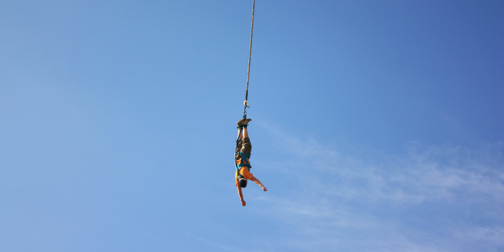 US Bungee Jump  – Live More Zone