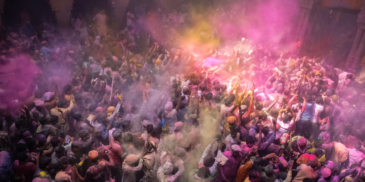 Holi in UP  – Live More Zone