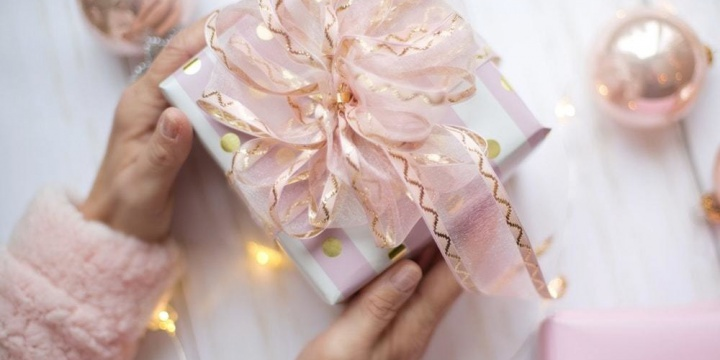 A Couple's Guide For Practical Gifting Ideas