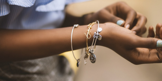 4 Jewellery Pieces That Will Keep Your Work Wardrobe Exciting