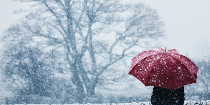 5 Beautiful Places To Experience Snowfall