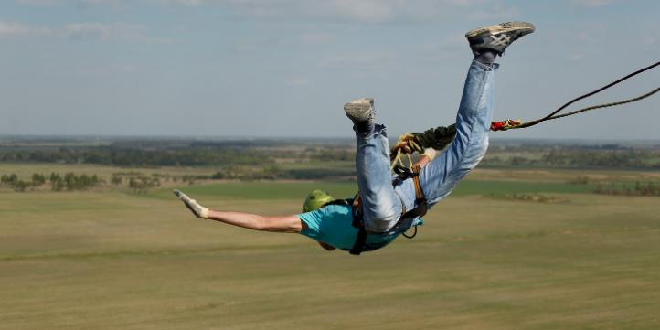 Zimbabwe Bungee Jump  – Live More Zone